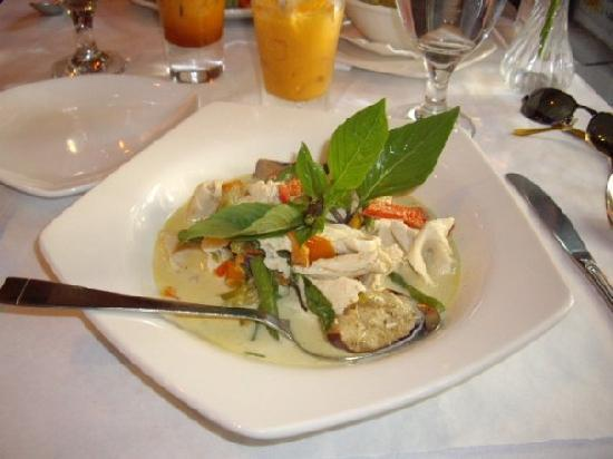 Bangkok House: Green curry chicken
