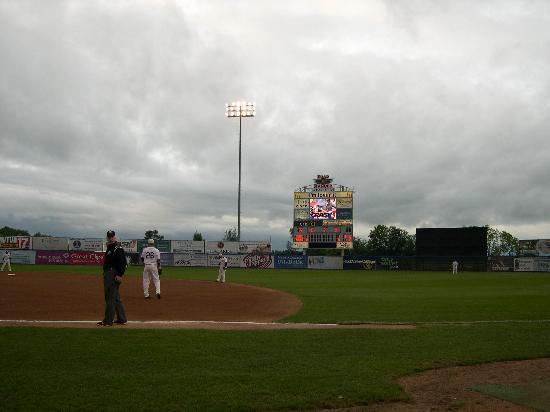 Rockford Riverhawks Baseball : Scoreboard