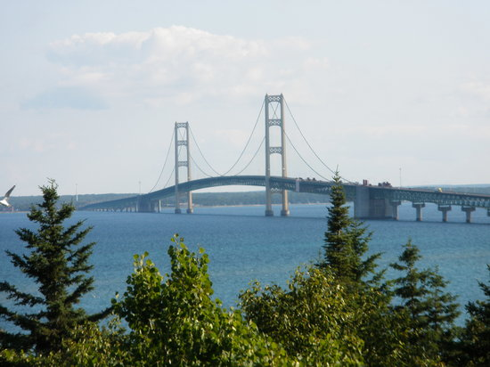 Saint Ignace, Мичиган: Bridge view from Straits State Park