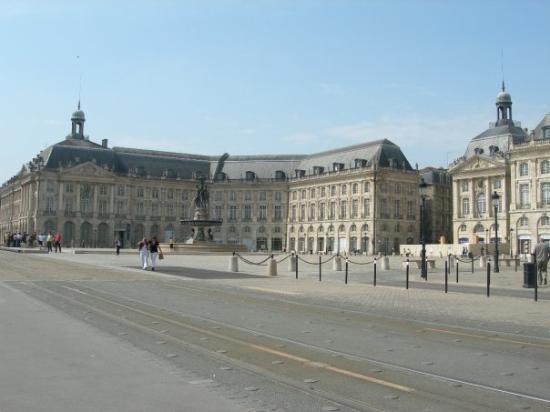 Bordeaux style photo de bordeaux gironde tripadvisor - Direct location bordeaux ...