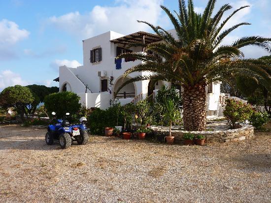 Faros Villa Small Hotel : Faros complex...Naxos