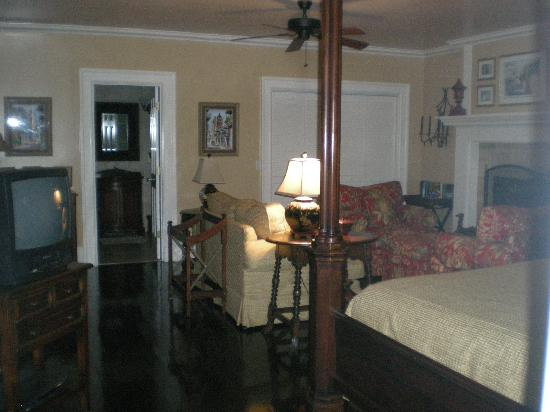 Highlands House Bed &Breakfast: one of the bedrooms