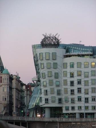 """Celeste Restaurant : Design tres particulier avec au 7ème étage, """"La perle de Prague"""". Un restaurant français pas mau"""