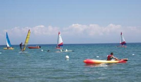 Ionian Beach: watersports