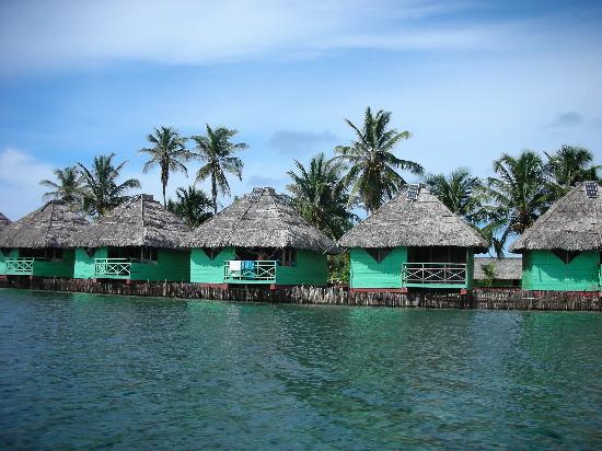 "Akwadup Lodge: The ""cabañas"""