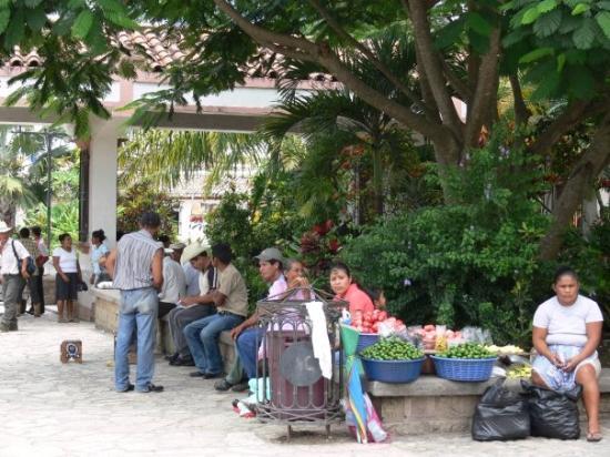 Copan, Honduras: Town square