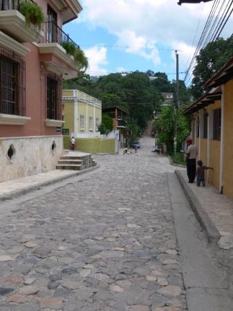 Copan, Honduras: Beautiful cobbled streets