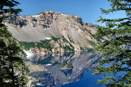 Crater Lake Lodge: View of Crater Lake