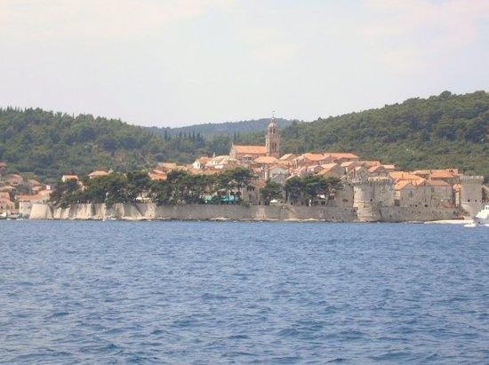 科尔丘拉岛照片