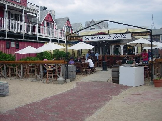 Sand Bar & Grille: Oak Bluffs, Martha's Vinyard
