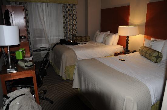 Holiday Inn NYC - Manhattan 6th Avenue - Chelsea: Room Interior