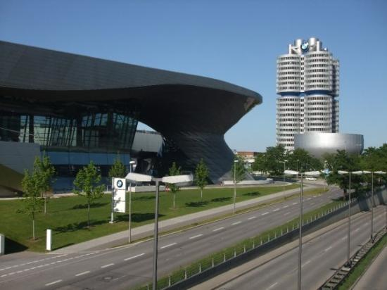 the BMW museum and building - ...