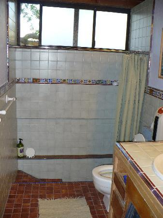 Cort Cottage Bed and Breakfast: Bathroom