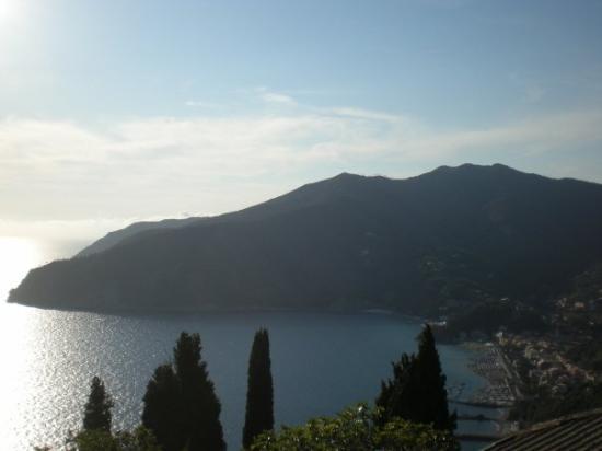 Moneglia, Italien: Panorama dal nostro terrazzo!