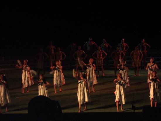 Polynesian Cultural Center: The night show
