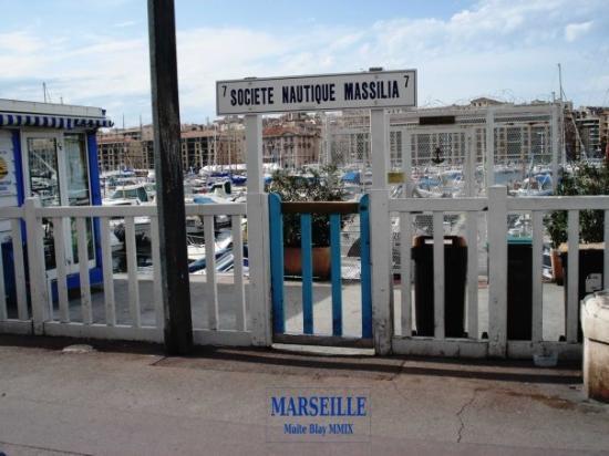 Old Port: Societé Nautique Massilia. Souvenir pour Montse Palau i Pep Bargalló.
