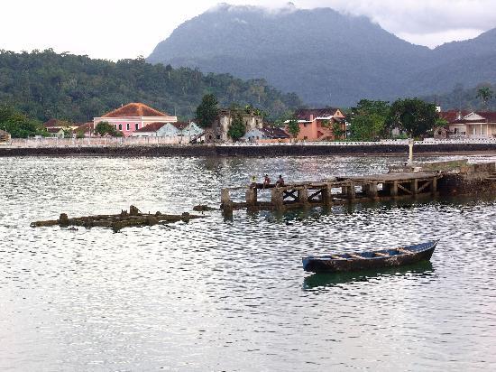 Santo Tomé y Príncipe: Santo Antonio bay, Sao Tome & Principe