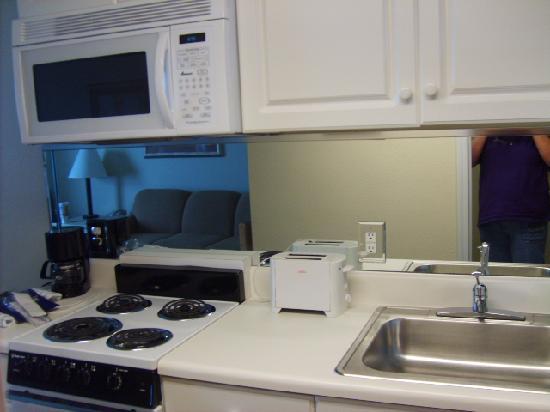 เลกาซี่บายเดอะซี: Our Kitchen we loved it