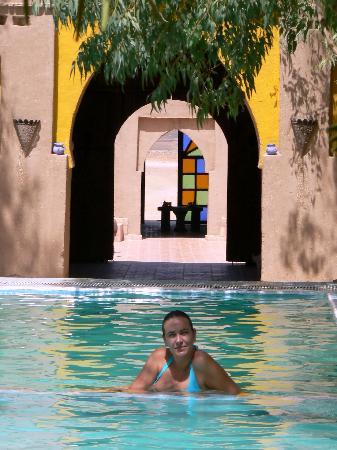 Auberge Dunes D'or: Disfrutando de la piscina