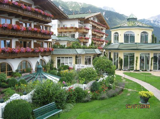 Mieming, Avusturya: garden