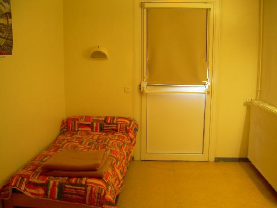 Centre Charles Peguy: Chambre à mobilité réduite