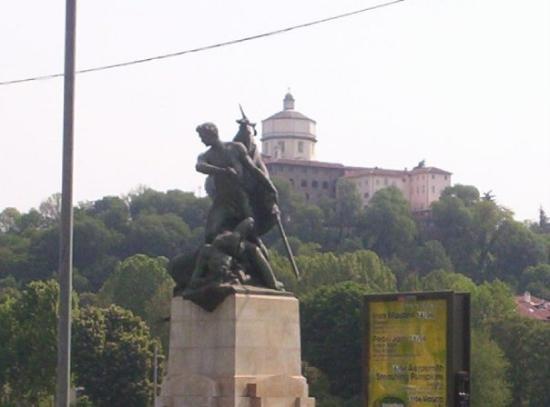 Torino, Italia: Montei di Cappuccini