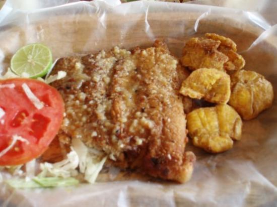 El Valle De Anton Panama Fisch Und Kochbananen Fish And Plantains Pescado