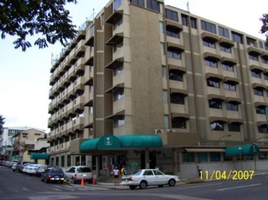 Hotel Roma Plaza Image