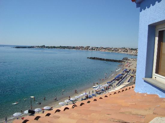 Vista dalla mia camera picture of hotel palladio - Hotel palladio giardini naxos ...