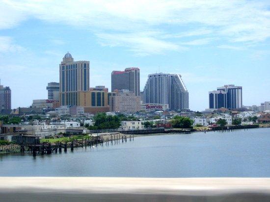 Tropicana Atlantic City: Tropicana from the Atlantic City Expressway