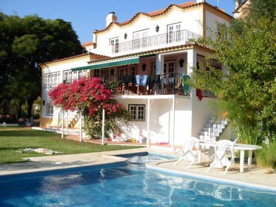 Casa de vale turismo rural sintra bild von lissabon for Oficina de turismo sintra