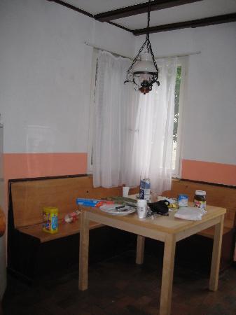 Hotel Restaurant Bahnhof: Downstair