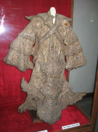 National Museum: The ceremonial royal dress