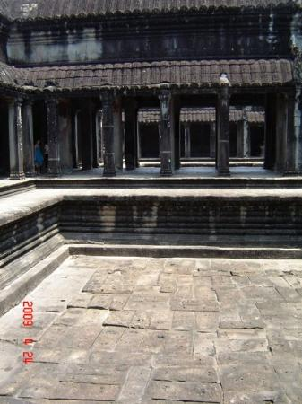 Ангкор-Ват: Angkor Wat - King's bathing pool