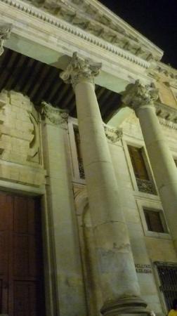 Universidad de Salamanca: pòntificia