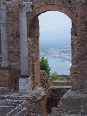 Ancient Theatre of Taormina ภาพถ่าย