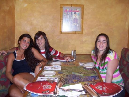 Coco Bongo's Disco Bar & Grill: Bongo Cafe