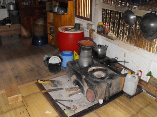 La cocina sigue siendo de fuego foto di giava indonesia tripadvisor - Cocina de fuego ...