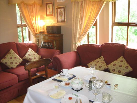 Old Castle House: Breakfast area