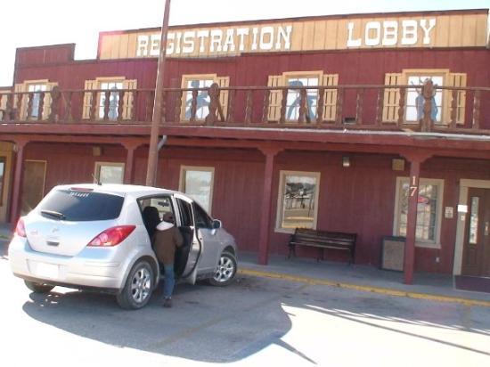 Whites City, NM: Dejando el hotel.