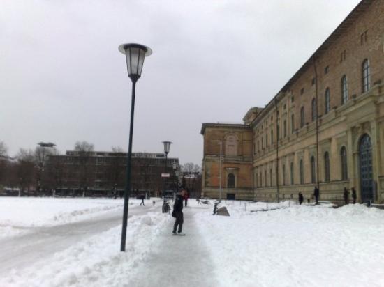 พิพิธภัณฑ์ศิลปะเดิม: Alte Pinakothek
