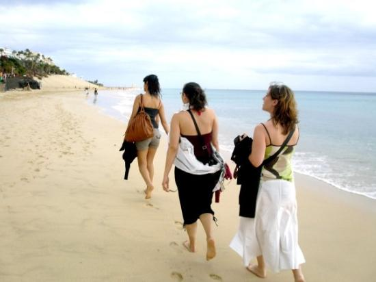 Fuerteventura, Espagne : Morro jable .. et ca se promene en fil indienne ...lol
