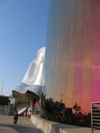 Science Fiction Museum And Hall Of Fame: Science Fiction Museum/Experience  Music Project Photo Gallery