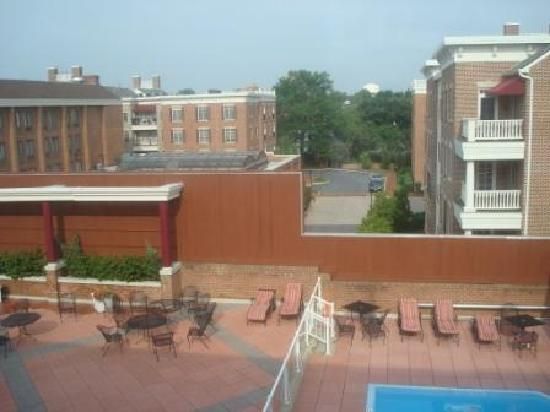 Holiday Inn Hotel & Suites Historic District Alexandria, VA - view from my room