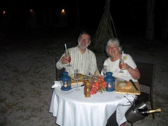 Eratap Beach Resort: 40th wedding anniversary dinner