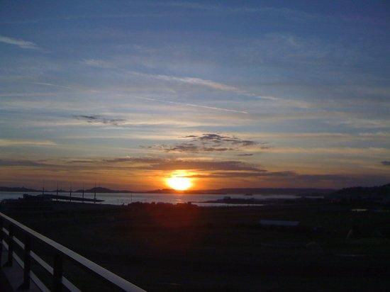Golden Tulip Villa Massalia: coucher de soleil depuis le balcon