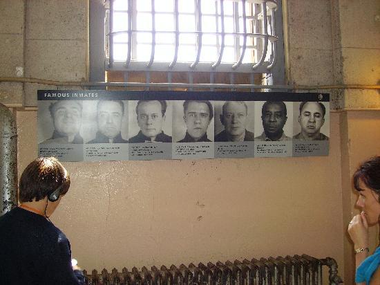 อัลคาทราซ: famous inmates