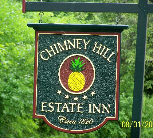 Chimney Hill Estate & Ol' Barn Inn : Chimney Hill Inn