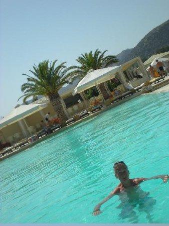 Plaza Resort Hotel: dans la piscine