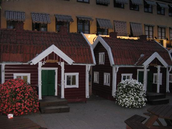 Best Western Vimmerby Stadshotell: Great for children outside the hotel